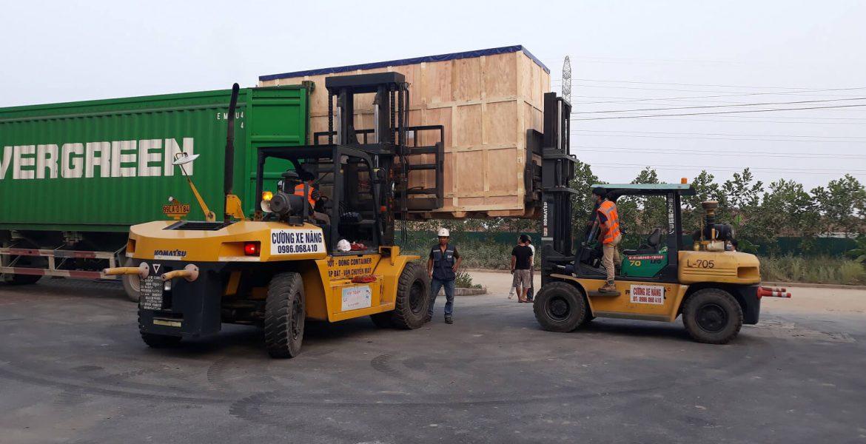 Dịch vụ vận chuyển và nâng hạ máy móc