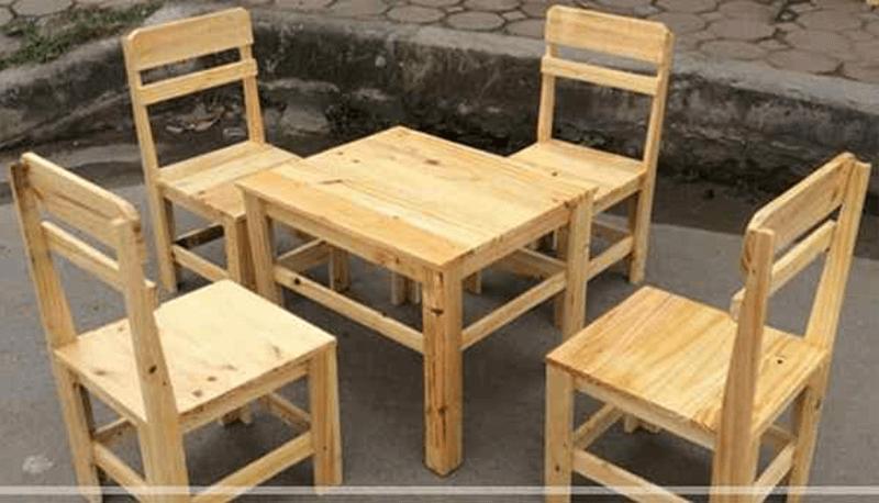 Bàn ghế gỗ pallet có thiết kế tinh tế và đơn giản