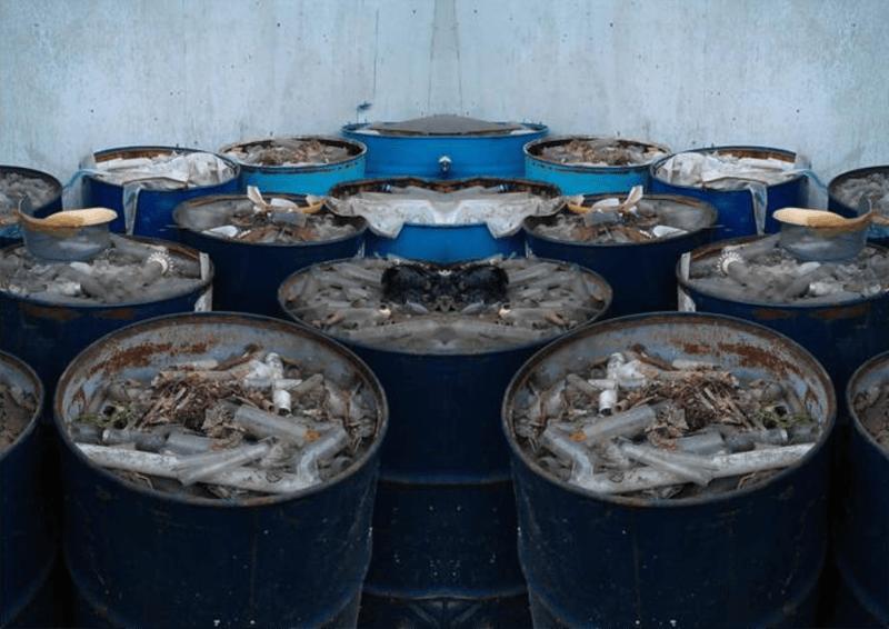 Loại bỏ một số thùng chất thải để đảm bảo diện tích thông thoáng
